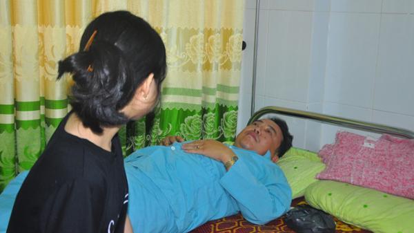 Chê bia đắt, người đàn ông bị đánh gãy răng phải nhập viện