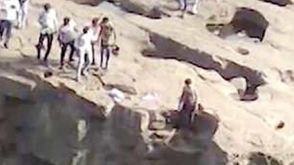 Mải chụp hình tự sướng, người đàn ông rơi xuống thác t.ử vong