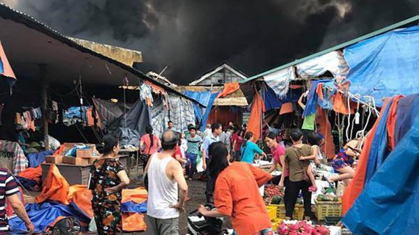 Vụ cháy chợ huyện Sóc Sơn (Hà Nội): Thông tin bất ngờ từ những người chứng kiến