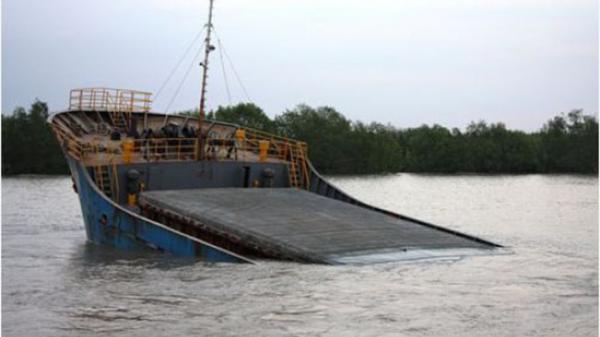 Quảng Ninh: Xảy ra tàu bị va quệt và đắm tại vùng biển Cẩm Phả