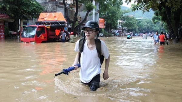 Xem xét đặc cách tốt nghiệp cho thí sinh không thể dự thi vì mưa lũ