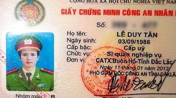 """Thượng úy Công an """"cắm"""" thẻ ngành vay hơn 300 triệu đồng rồi bất ngờ bỏ trốn"""