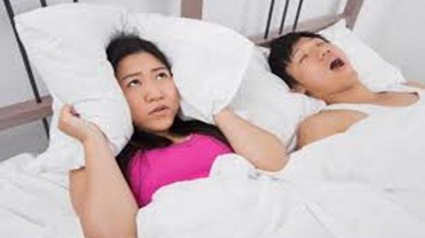 10 cách đảm bảo chồng NGỦ NGÁY như sấm cũng phải ngưng bặt, không hề tái phát