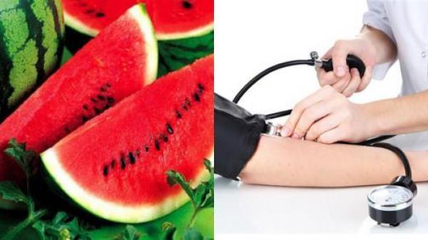"""Tác hại """" giật mình"""" của dưa hấu khi ăn vào ngày nóng nực"""