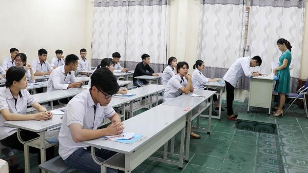 Lộ diện thí sinh đạt điểm cao nhất trong kì thi THPT quốc gia ở Quảng Ninh