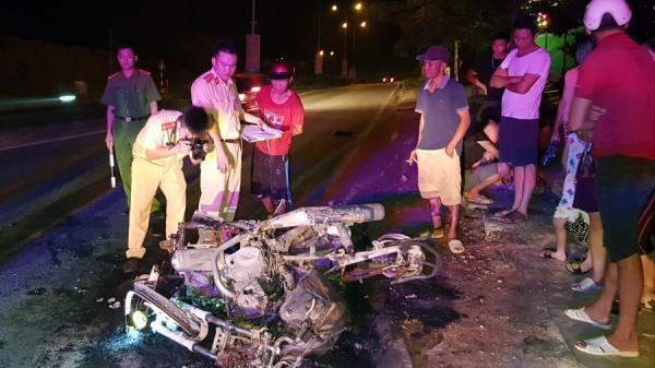 Cao Bằng: Va chạm nghiêm trọng, 2 xe máy cháy rụi  và 2 người bị thương nặng