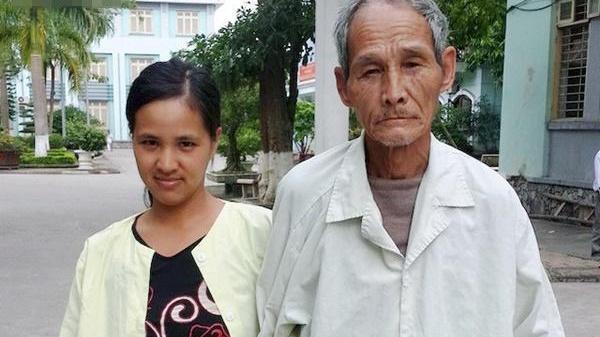 Cô gái 29 tuổi bất chấp lấy chồng 72 tuổi: Cuộc sống khổ lắm mà phải chịu đựng vì 3 đứa con