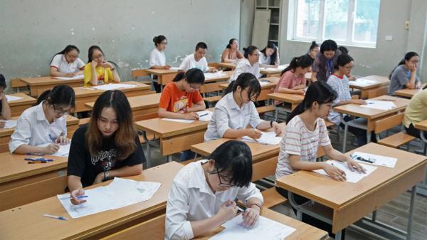 BẤT NGỜ: Một thí sinh thi thử chỉ  được 1.2 điểm nhưng thi THPT quốc gia tới 9.8