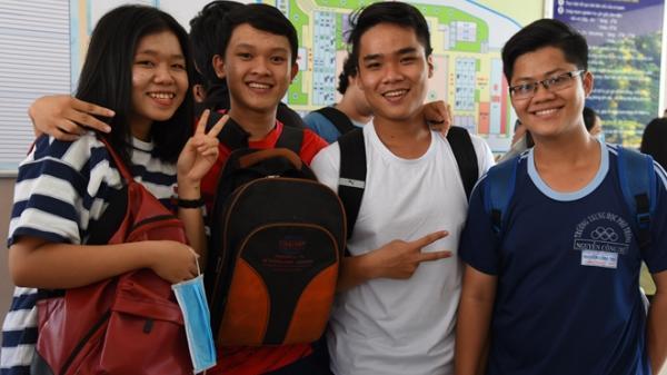 Nghi vấn điểm thi ở Hà Giang: Đừng cài mìn vào tương lai của các em và đất nước