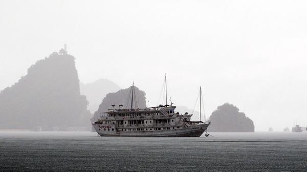 Quảng Ninh: Mưa lớn diện rộng, có nơi mưa rất to