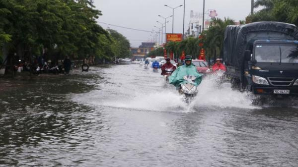 Mưa lớn trên diện rộng ở Quảng Ninh và các tỉnh miền Bắc sẽ kéo dài đến bao giờ?