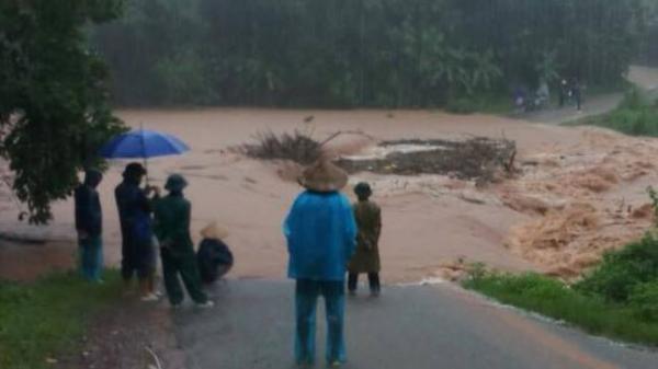 Quảng Ninh: Nhiều xã bị chia cắt, cô lập vì lũ