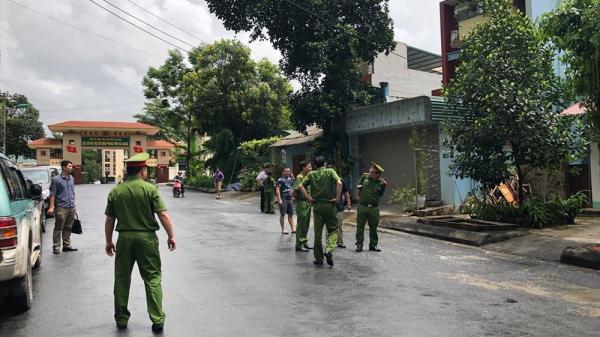 NÓNG: Đang khám nhà ông Vũ Trọng Lương ở Hà Giang
