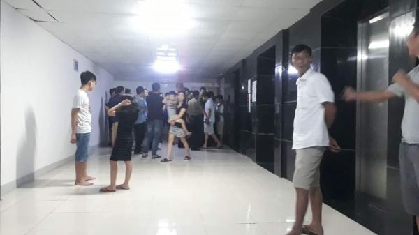 Người mẹ nghi thắt cổ con và cháu ở Hà Nội: Nghe bà ấy hét 'tôi giết con rồi', mọi người vội lên phòng kiểm tra thì thấy cảnh rùng mình