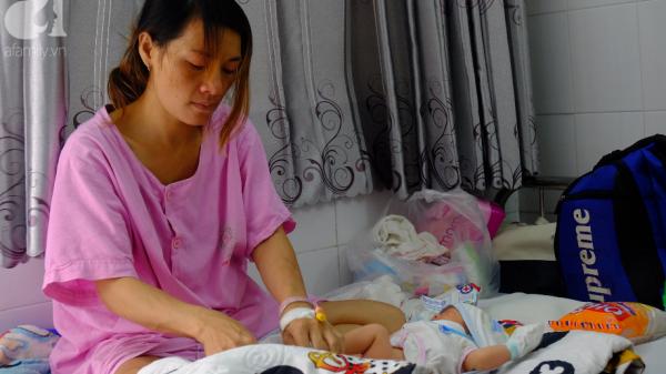 Chồng dẫn bồ nhí về nhà, thai phụ ôm bụng bầu vào viện lén ngủ hành lang chờ đẻ bằng 30 ngàn trong túi