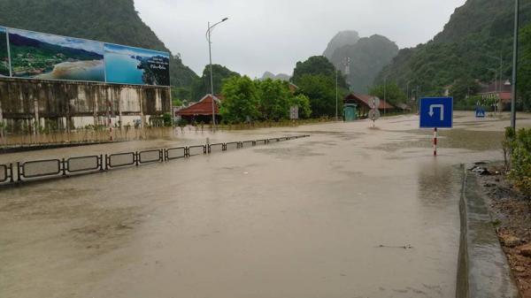 Quảng Ninh: Huy động máy bơm công suất lớn, dự kiến sáng 22/7 sẽ thông điểm ngập