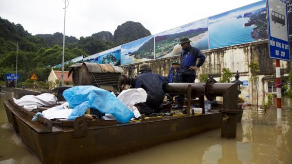 Quảng Ninh: Máy bơm nước gặp sự cố, QL18 đoạn qua Đèo Bụt chưa thông