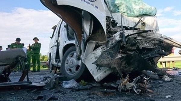 Vụ tai nạn chết 13 người khi đón dâu: Cả nhà chú rể gồm mẹ, chị gái và cháu ruột đều tử nạn