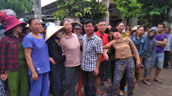 Người thân khóc ngất khi đón 13 xe cứu thương chở thi thể các nạn nhân vụ tai nạn xe rước dâu thảm khốc về quê nhà