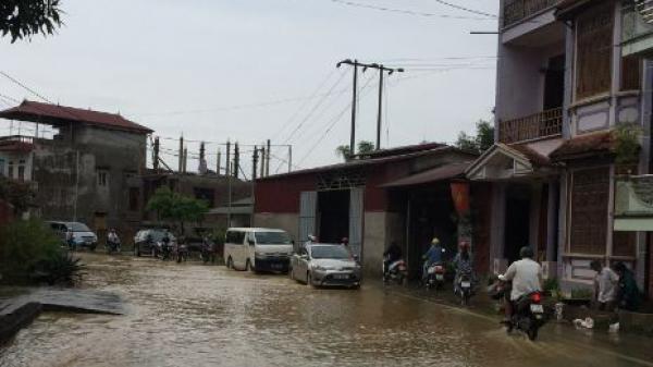 Hòa An (Cao Bằng): Phố cũng như sông, khắp nơi mênh mông nước chảy không phân biệt đâu là hồ hay là đường đi