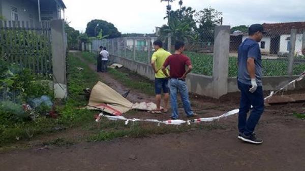 Đi thể dục phát hiện 2 thanh niên nằm chết bí ẩn bên đường