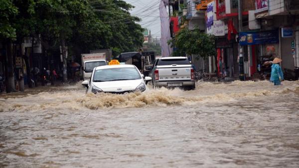 Quảng Ninh tiếp tục có mưa lớn, gió giật mạnh