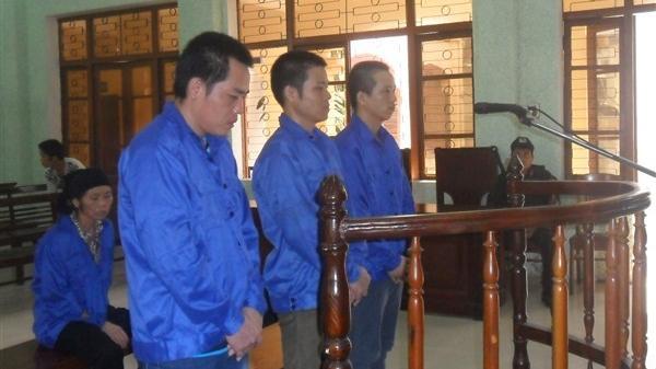 Cao Bằng: Xét xử 3 đối tượng phạm tội mua bán người
