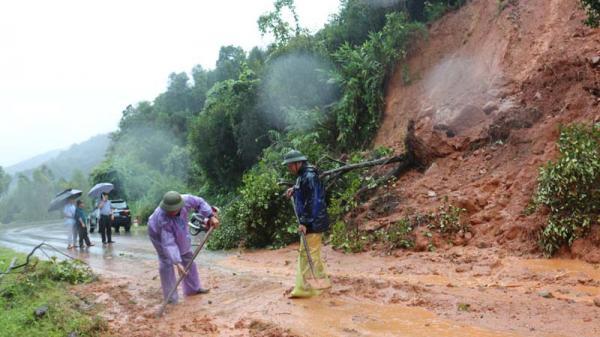 Quảng Ninh: Mưa lớn gây ngập lụt, sạt lở nghiêm trọng ở Bình Liêu