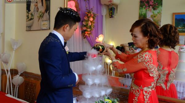 Cô dâu CHÍNH THỨC lên tiếng về người phụ nữ đến gây rối và chửi bới trong đám cưới