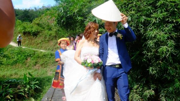 Chuyện tình của cô dâu 61 tuổi chú rể 26 tuổi ở Cao Bằng: Cuộc gặp 'trời định' bị phát tán trên MXH và cái kết đến nay vẫn nhiều tranh cãi