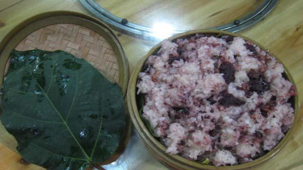 Xôi trám Cao Bằng lọt Top 100 món ăn, ẩm thực đặc sản tiêu biểu của Việt Nam