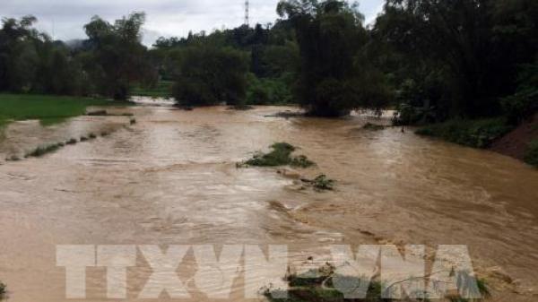 Lũ xuống chậm, cảnh báo nguy cơ sạt lở đất tại Cao Bằng và nhiều nơi