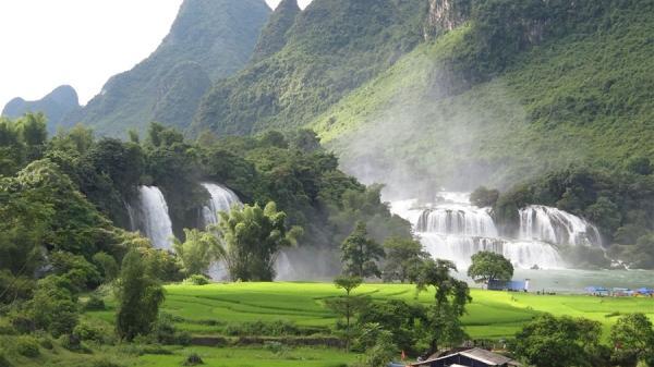 Đến Cao Bằng vi vu Thác Bản Giốc - 'đệ nhất' kỳ quan miền biên giới Việt-Trung