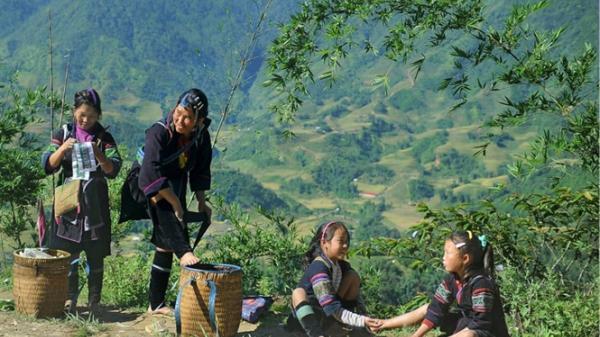 Về nơi xanh thẳm núi non Cao Bằng, thăm xã nghèo heo hút miền cực Tây