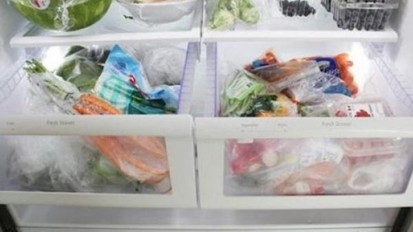 Khoa học đã chứng minh: Để thực phẩm vào túi ni lông rồi cho vào tủ lạnh kiểu này là đang GIẾT HẠI cả nhà, gây UNG THƯ nghiêm trọng