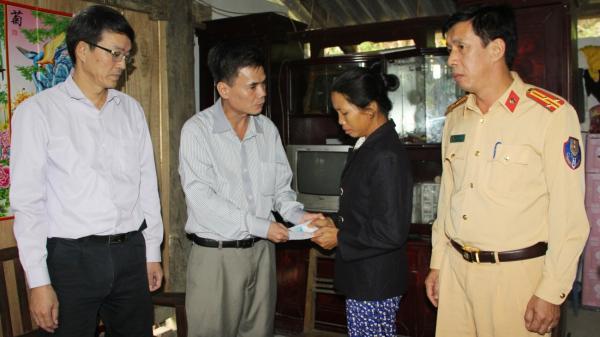 Cao Bằng: Thăm, tặng quà các gia đình có nạn nhân tử vong do tai nạn giao thông