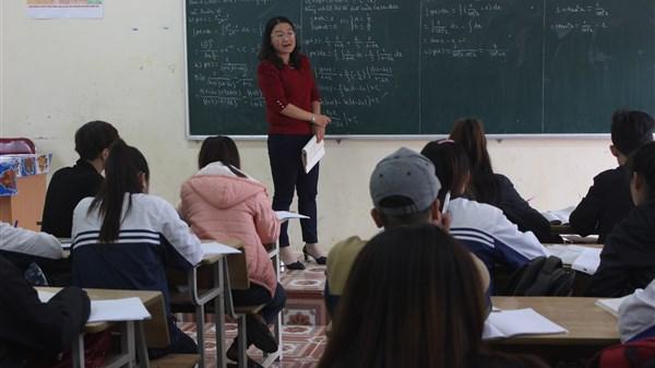 Ngưỡng mộ cô giáo Cao Bằng luôn truyền cảm hứng và niềm đam mê toán học cho học sinh