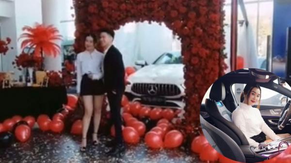 Tiểu thư 9x tổ chức lễ giao xe hoành tráng như lễ cưới, mời ca sĩ Hoàng Tôn đến hát và bất ngờ hơn là giá trị của chiếc xe