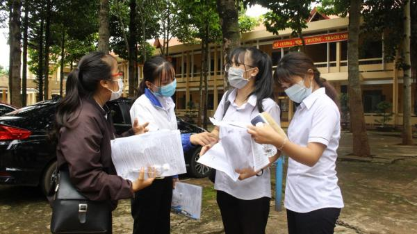 Đắk Lắk: 10 trường THPT và 3 trung tâm có tỷ lệ học sinh đỗ tốt nghiệp đạt 100%