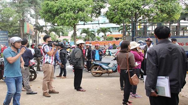 Đắk Lắk: Cách chức hiệu trưởng nhận 210 triệu đồng 'chạy việc'