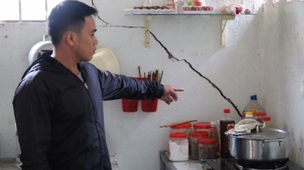 Người dân tố đơn vị nổ mìn xây thủy điện làm nứt nhà