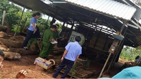 Đắk Lắk: Ngã vào máy cưa gỗ, nam thanh niên bị cắt làm đôi