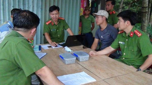 Tài xế người Đắk Lắk được Công ty giấy thuê đổ trộm chất thải 4 triệu đồng/xe
