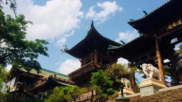 Khám phá Bảo tháp có 1-0-2 tại ngôi chùa hoành tráng nhất Tây Nguyên