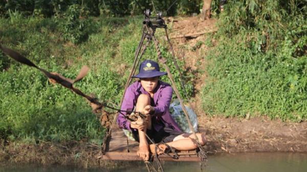 Đắk Lắk: Nơi người dân gần 20 năm liều mình vượt sông bằng cáp treo tự chế