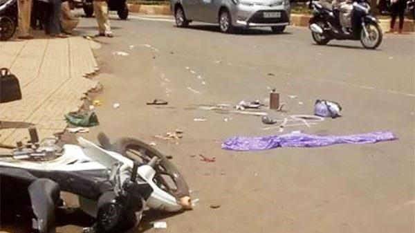 Đắk Lắk: Ô tô tông xe máy, 1 phụ nữ mang bầu tử vong