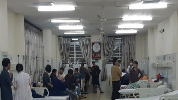 Vụ ăn bánh mì ở quán nổi tiếng ở Đắk Lắk: Người dân tiếp tục nhập viện ồ ạt