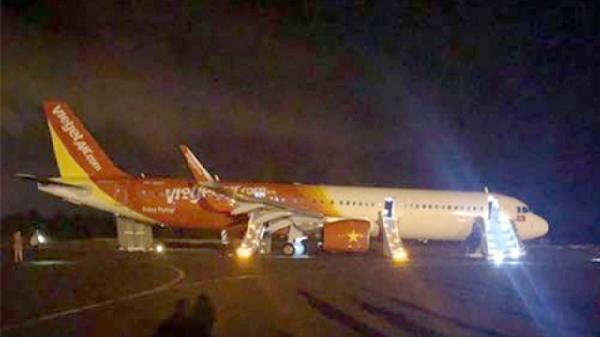 Phó Thủ tướng chỉ đạo làm rõ nguyên nhân sự cố máy bay Vietjet