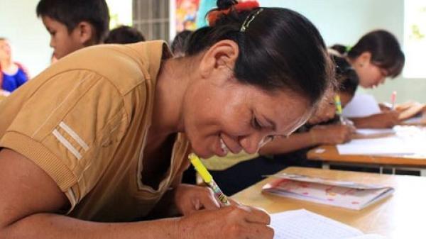 Đắk Lắk: Lớp học của những tấm lòng