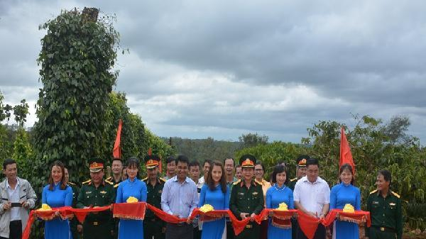 Đắk Lắk: Bàn giao 'Công trình đoàn kết quân-dân'